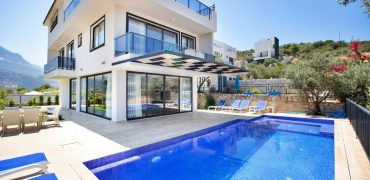 4 Bedroom Modern Villa Located in Kalamar Area in Kalkan