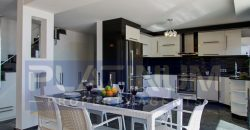 Deluxe Five Bedroom Duplex Villa With Large Infinity Pool For Sale