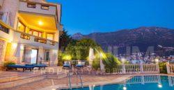Beautiful 3 Bedroom Duplex Villa With Private Pool